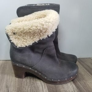 UGG sherpa leather suede gray boots booties Size 9